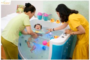 Mở spa 'Mẹ và Bé' có dịch vụ thủy liệu pháp cần đầu tư gì?